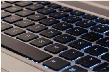 AGB Tiara (2403-R) Laptop  image 4