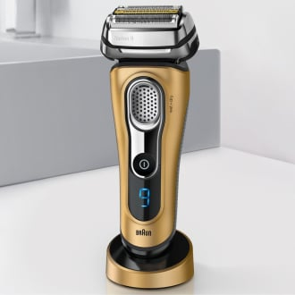 Braun Series 9 9299 Shaver  image 2
