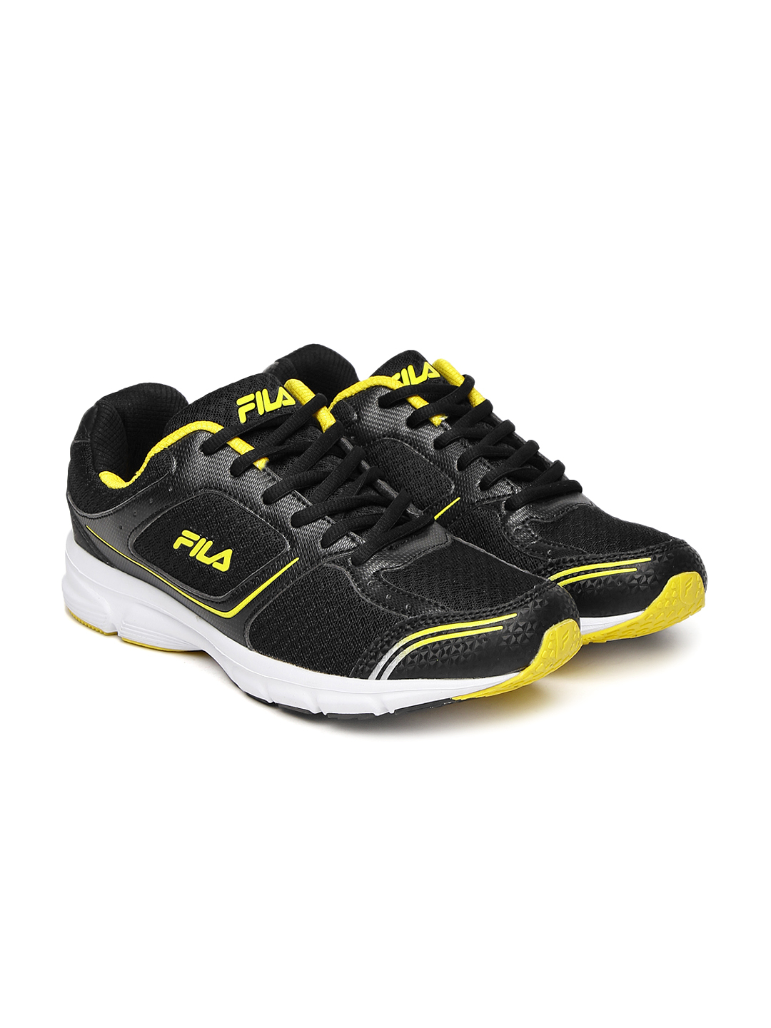 FILA Men Black RUN FAST PLUS 4 Running Shoes image 1