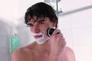 Philips AT610 Aquatouch Shaver  image 3