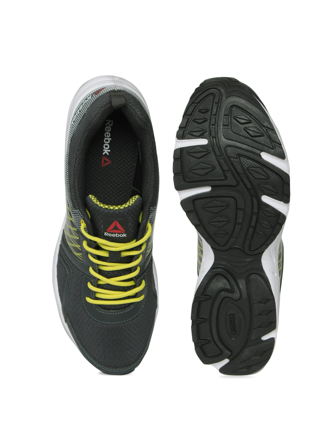 7766b486fdf64b REEBOK Men Charcoal Grey Smooth Flyer Running Shoes Price in India ...