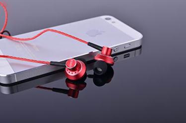 SoundMAGIC ES20 In the Ear Wireless Headset  image 2