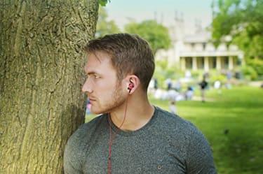 SoundMAGIC ES20 In the Ear Wireless Headset  image 3